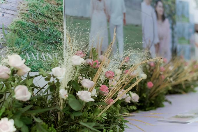 Đại diện ekip tổ chức tiệc cưới cho Duy Mạnh ở Đông Anh tiết lộ không gian làm lễ thành hôn sẽ được trang trí bởi hàng triệu bông hồng Đà Lạt chuyển bằng đường máy bay.