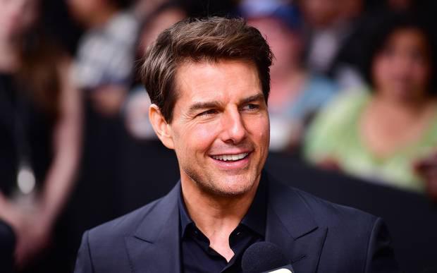 Tom Cruise luôn giữ vị trí ngôi sao hạng A của Hollywood từ thập niên 1980 cho đến hiện tại, là một trong những tài tử được trả cát-xê cao nhất và sở hữu khối tài sản hàng trăm triệu USD. Ấy vậy nhưng Tom Cruise vẫn chưa có được giải thưởng Oscar nào trong đời. Anh đã ba lần được đề cử ở các bộ phim Born on the Fourth of July (1990), Jerry Maguire (1997), Magnolia (2000). Những năm gần đây Tom Cruise chủ yếu đi theo dòng phim thương mại nên anh cũng hiếm khi góp mặt ở các giải thưởng điện ảnh.