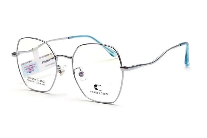 Gọng kính Careermen-9508-C2 làm bằng chất liệu kim loại cao cấp với công nghệ tiên tiến. Thiết kế vừa vặn với nhiều hình dáng gương mặt, tạo sự hài hòa khi đeo. Kiểu dáng hiện đại với tông sáng bắt mắt tạo nên điểm nhấn cho set đồ thường ngày. Sản phẩm đang giảm 30%, còn 369.000 đồng (giá gốc 528.000 đồng).