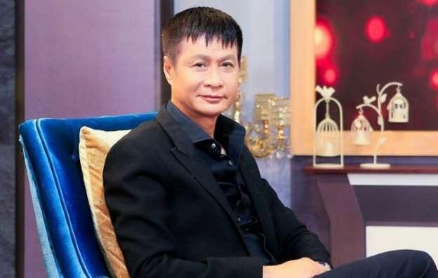 Đạo diễn Lê Hoàng có nhiều chia sẻ về các vấn đề trong cuộc sống thu hút sự chú ý của mọi người.