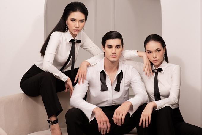 NTK đặt yếu tố thanh lịch, đơn giản làm chủ đạo; sử dụnghai tone màu chính làđen và trắng.