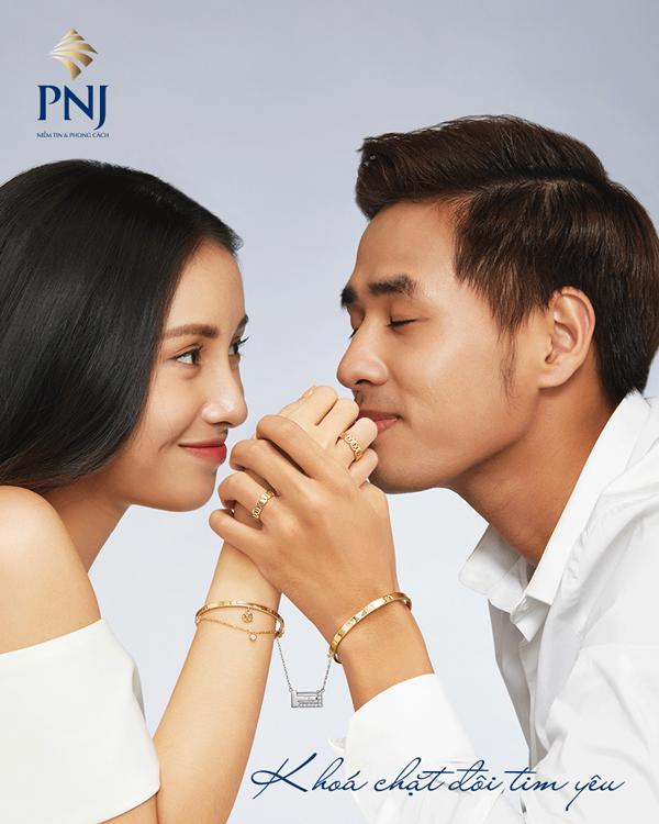 Khóa chặt đôi tim yêu chống dịch corona là thông điệp của PNJ trong bộ sưu tập mới.