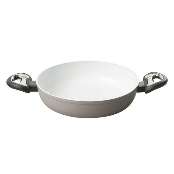 Nồi chảoGorenje CW24CCL chống dính dùng cho bếp từ, lớp phủ ceramic 100%, chống dính, dễ vệ sinh. Chế biến thức ăn với ít dầu mỡ là cách tốt nhất để bảo toàn tối đa vitamin trong thực phẩm và có lợi cho sức khỏe. Sản phẩm giảm đến 43% trên Store Ngôi Sao, còn 910.000 đồng (giá gốc 1,59 triệu).