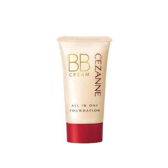 Kem nền BB Cream 5 trong 1 Cezanne tích hợp các dưỡng chất giúp giữ ẩm cho làn da, có thể rửa sạch mà không cần dùng dung dịch tẩy trang. Thành phần chứa 80% huyết thanh, không gây hại và an toàn cho làn da. Chỉ số chống nắng SPF23 PA++, phù hợp sử dụng hàng ngày. Sau khi sử dụng kem lót, lấy một lượng thích hợp ra lòng bàn tay hoặc miếng bọt biểnm sau đó thoa đều lên mặt. Sản phẩm có giá 230.400 đồng, ưu đãi 20% trên Shop VnExpress.