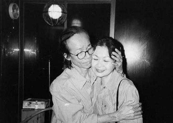 Ca sĩ Khánh Ly và nhạc sĩ Trịnh Công Sơn lúc sinh thời.