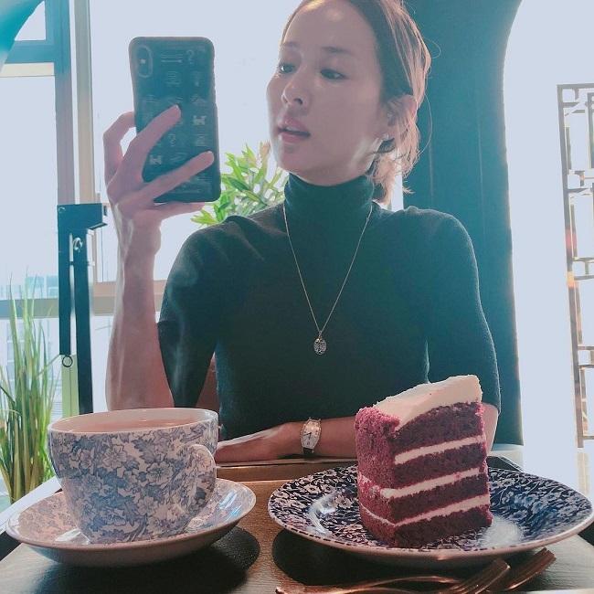 Hiện Jo Yeo Jung đã ăn uống thoải mái hơn trước đây, không còn kiêng khem quá khắt khe.