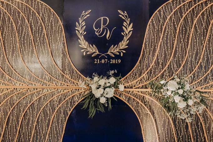 Ngày 21/7/2019, uyên ương tổ chức tiệc cưới tại Cà Mau. Concept tiệc là Inevitable love (tạm dịch: Tình yêu không thể chối bỏ) được lên ý tưởng từ 6 tháng trước đám cưới, chuẩn bị trong 2 tháng.