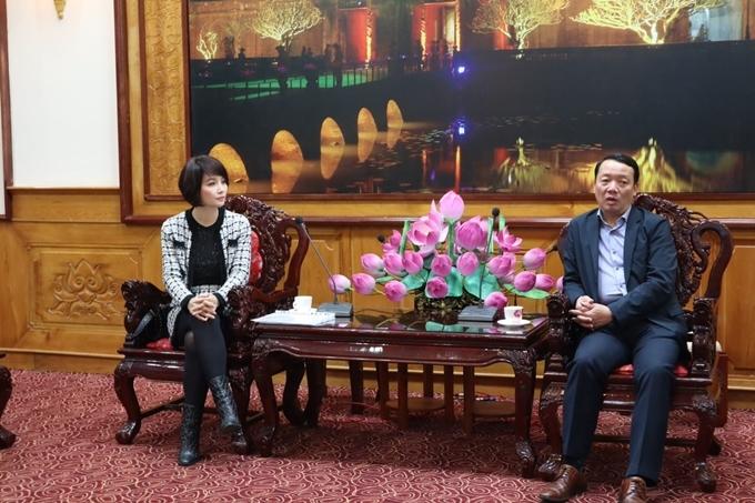 Mai Thu Huyền làm việc với lãnh đạo tỉnh Thừa Thiên - Huế.