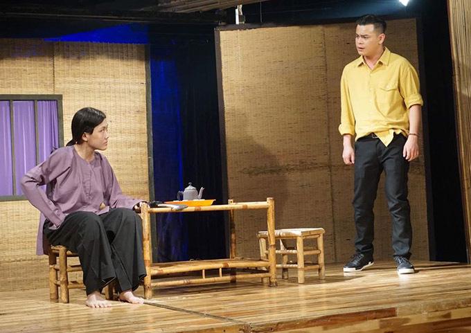 Phương Trang diễn vở Con nhà nghèo lần cuối trên Sân khấu kịch Phú Nhuận.