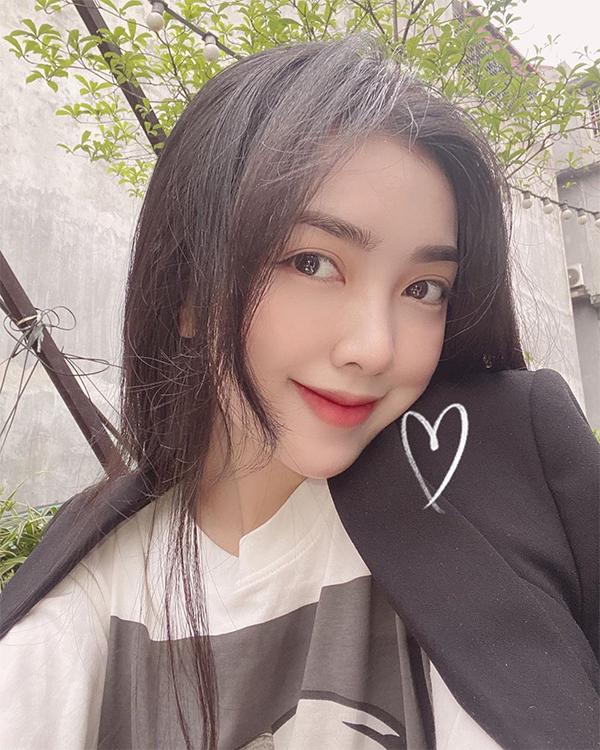 Hot girl Mai Hà Trang - bạn gái tiền đạo Đức Chinh. Ảnh: Instagram.