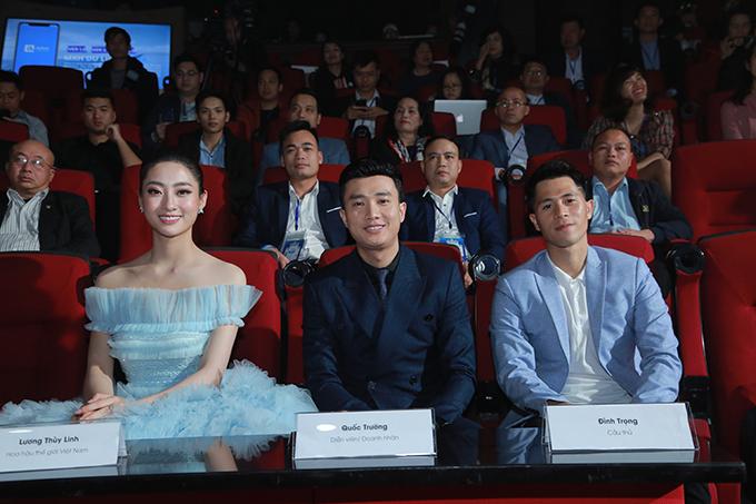Tham dự sự kiện cùng với Lương Thuỳ Linh và Quốc Trường còn có cầu thủ Đình Trọng.