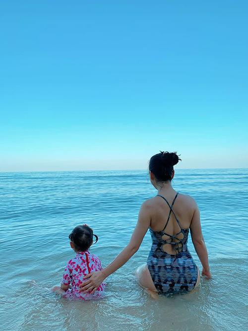 Lan Phương đưa con gái đi Phú Quốc tránhCovid-19 - 4