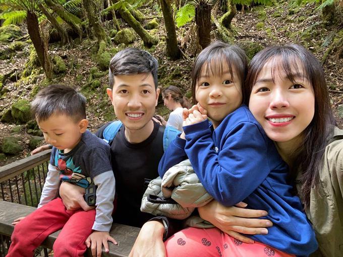 Gia đình Việt khám phá đảo trái tim ở Australia né cháy rừng