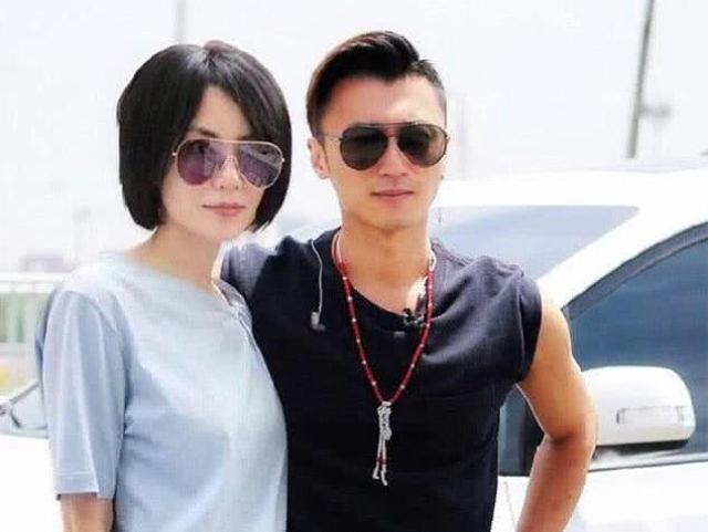 Tạ Đình Phong và bạn gái Vương Phi.