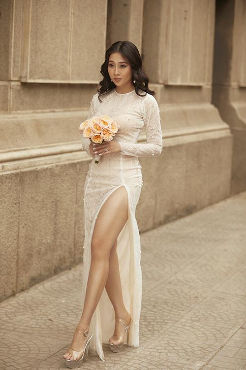 Bộ ảnh được thực hiện bởi photo: Mắm (Nhân Thành Phan), váy cưới: Glam.