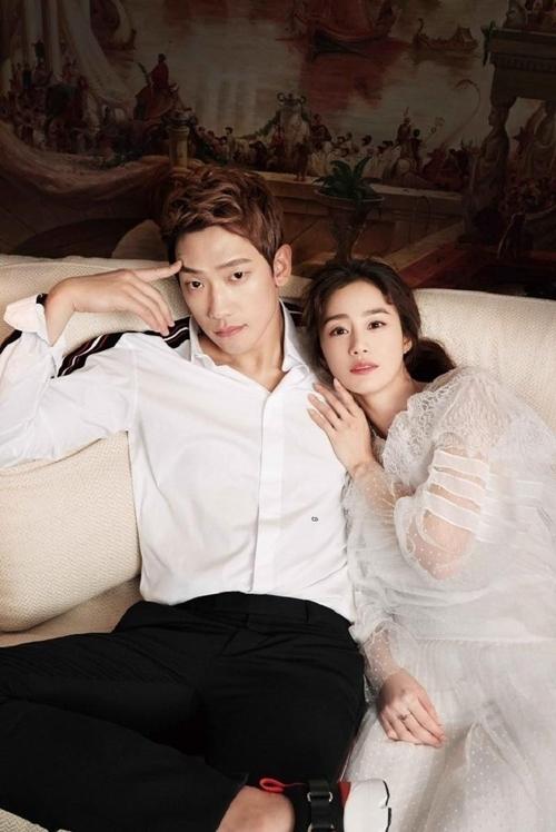 Ảnh cưới của Bi Rain và Kim Tae Hee.