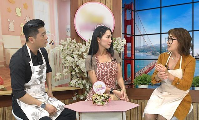 Chị Gia Huyên kể chuyện mang thai với Kim Hiền, Hoàng Anh trong chương trình Chat với mẹ bỉm sữa, phát sóng vào 15h20 thứ bảy hằng tuần trên kênh HTV7.