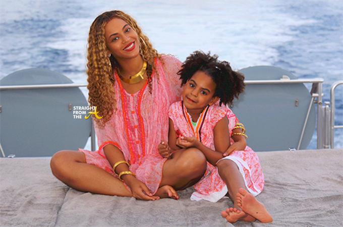Beyonce bên con gái Blue Ivy.