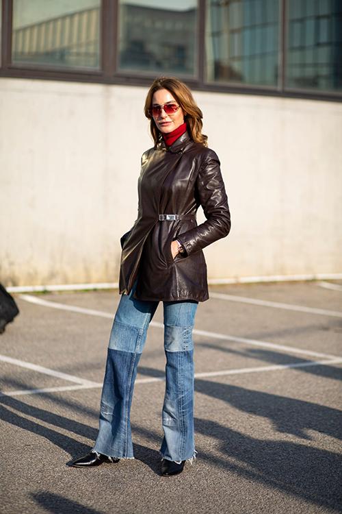 Bên cạnh mốt ao blazer vai thô, quần suông... quần jeans ống đứng là món đồ được các fashionista lựa chọn để chưng diện tại các tuần lễ thời trang nổi tiếng.