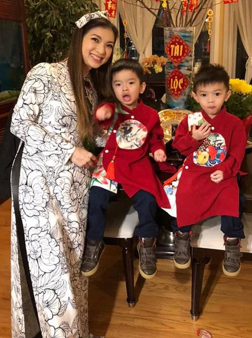 Công chúa thỏ ngày nào nay đã 41 tuổi. Chia sẻ với Ngoisao.net, Phạm Thanh Thảo cho biết cuộc sống của cô ở xứ cờ hoa ổn định, yên ấm. Thỉnh thoảng Phạm Thanh Thảo vẫn đi hát nhưng chủ yếu cô dành thời gian quán xuyến gia đình, chăm sóc chồng con.