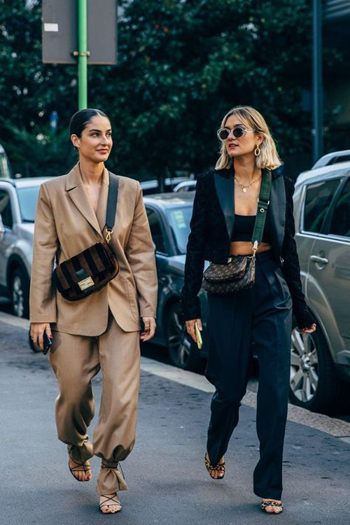 Suit và blazer thể hiện khả năng trụ hạng trong top xu hướng thời trang khá lâu. Bước sang mùa thời trang mới, chúng vẫn là trang phục chiếm được cảm tình phái đẹp thế giới.