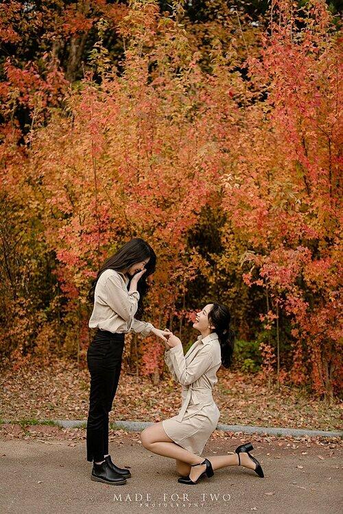 Dũng cảm thể hiện và khẳng định tình yêu của mình, Lee Hye-ri hy vọng sẽ có nhiều hơn nữa các cặp đồng tính tìm thấy hạnh phúc giống cô.