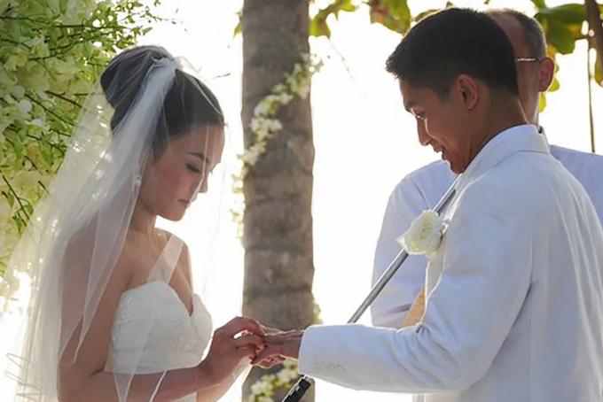 Nạn nhân làm cô dâu 10 năm trước. Ảnh: SCMP.