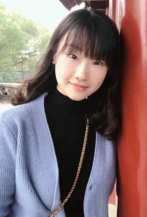 Tian Fangfang là nhân viên y tế ở Hồ Nam trước khi chuyển đến Vũ Hán chống Covid-19. Ảnh: Weibo.