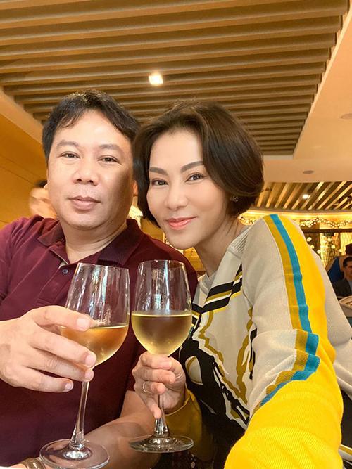 Thu Minh chúc mừng sinh nhật anh trai.