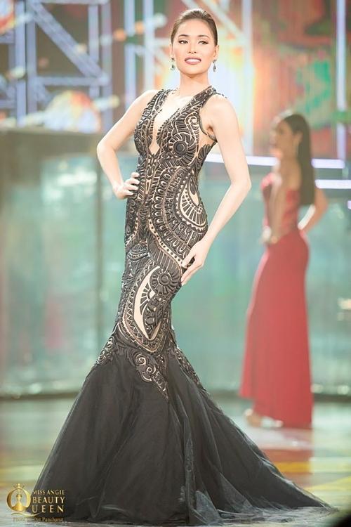 Hoa hậu Philippines - Jess Labares tụt phong độ với bộ váy rườm rà, che mất đường cong gợi cảm. Cô hiện là một nữ tiếp viên hàng không và người mẫu ở quê nhà.