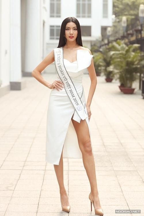 Á hậu Thuý Vân vừa đoạt giải Á hậu 2 Hoa hậu Hoàn vũ Việt Nam 2019.