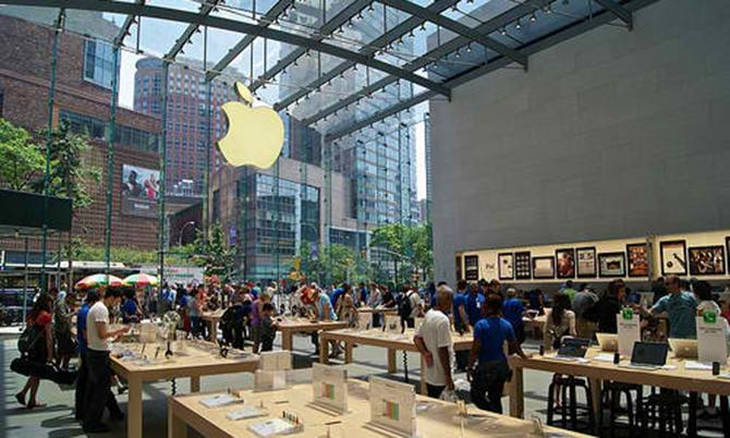Một cửa hàng Apple tại San Francisco, Mỹtrước khi Covid-19 bùng phát. Ảnh: BI.