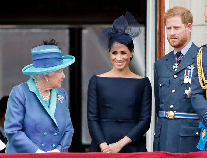 Nữ hoàng, Meghan và Harry trên ban công Điện Buckingham hồi tháng 7/2018. Ảnh: PA.
