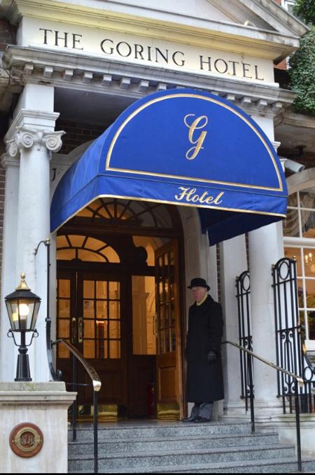 Khách sạn The Gloring ở London, nơi Harry - Meghan mời nhân viên đến ăn trưa. Ảnh: The Sun.