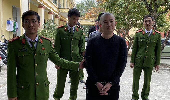 Cảnh sát bắt Lường Tuấn Vũ.