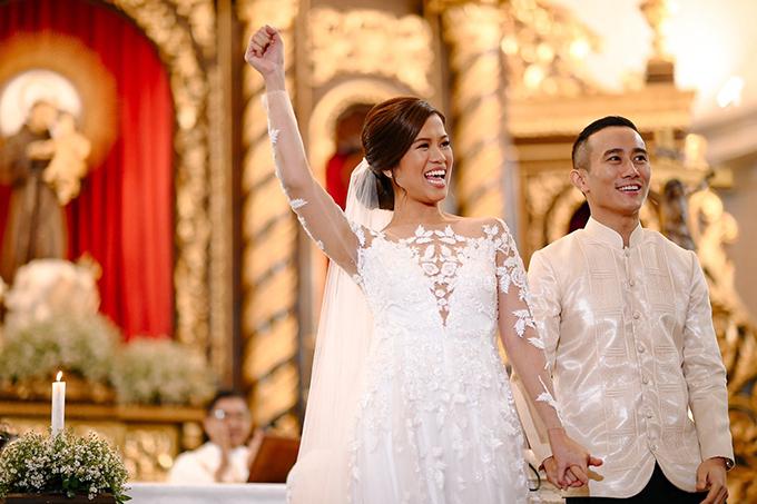 Ảnh cưới hiếm của 2 chị gái hot girl Tiên Nguyễn
