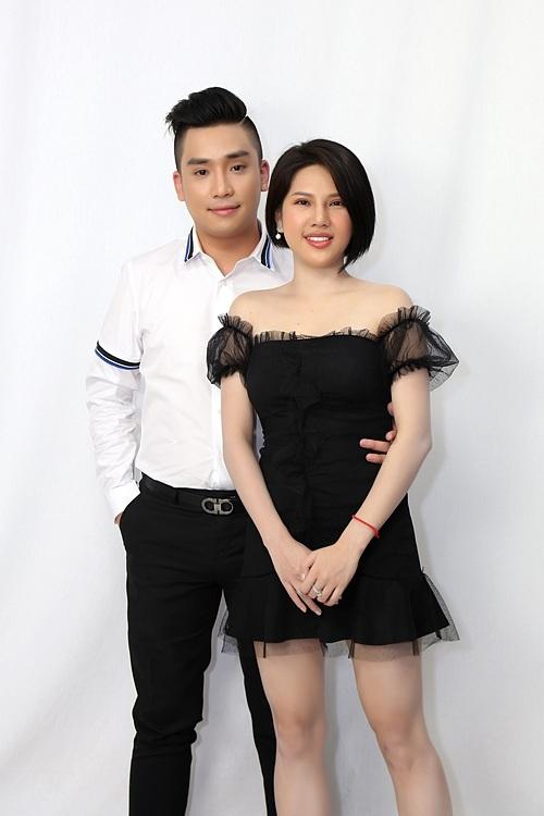 Vợ chồng Huỳnh Như - Anh Tài.