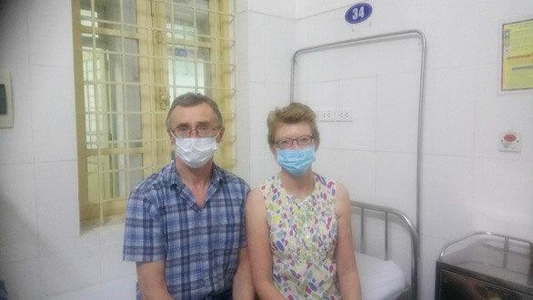 Vợ chồng du khách Anh viết thư cảm ơn sau 14 ngày cách ly tại Hà Nội