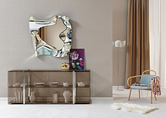 Văn hóa nghệ thuật chuyên sâu được nuôi dưỡng qua nhiều năm thông qua mối quan hệ với các nghệ sĩ hiện đạigiúpFIAM và ba nhà thiết kế Dante Oscar Benini, Luca Gonzo, Helidon Xhixha sáng lập ra gương treo tường Christine.