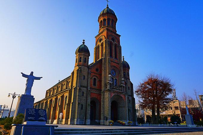 Nhà thờ Cơ đốc giáo Jeondong