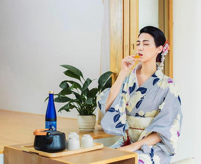82X trở thành thức uống làm đẹpmỗi ngày của nhiềuphụ nữ Nhật.