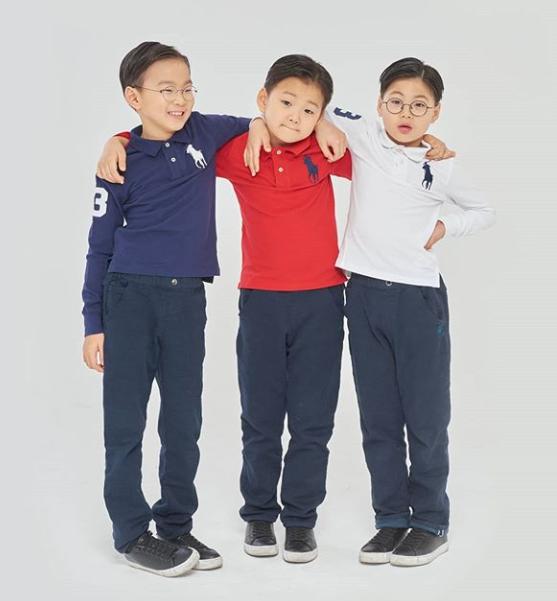 Song Il Gook đăng ảnh ba con trong ngày sinh nhật các bé.