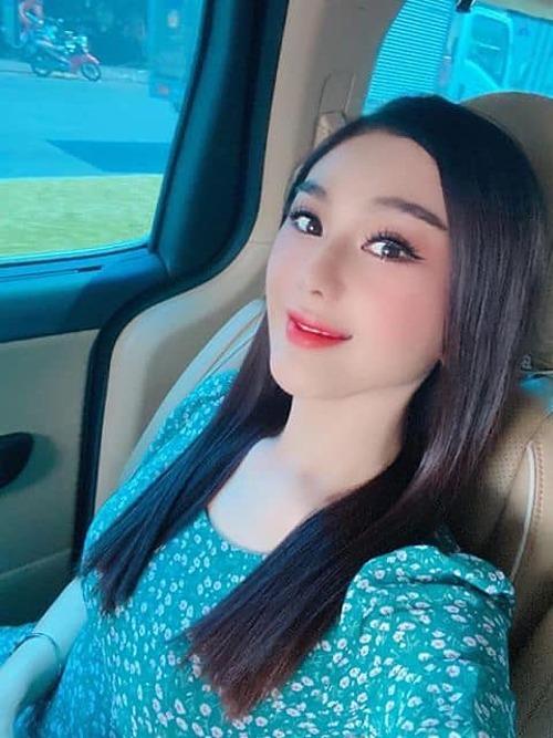 Lâm Khánh Chi khác lạ và được nhận xét giống Phạm Băng Băng trong bức ảnh mới đăng tải khiến nhiều người nghi ngờ cô mới phẫu thuật thẩm mỹ.