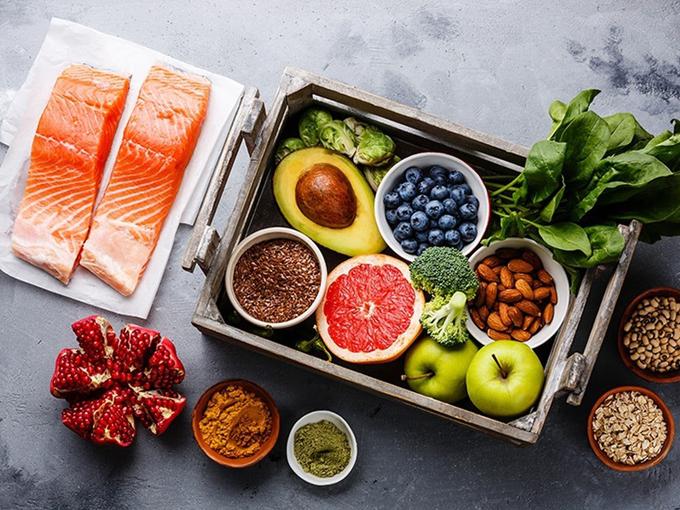 Cơ thể mỗi người cần được nạp vitamin, khoáng chất đầy đủ để dẻo dai và khỏe mạnh.