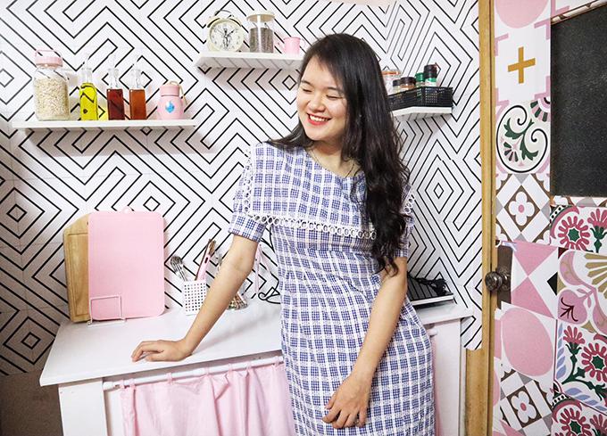 Vì muốn theo đuổi nghề làm Youtubernên 9X quyết tâm cải tạo phòng trọ, với mong muốn tạo ra 2 góc có thể quay hình: khu bếp và bàn làm việc.