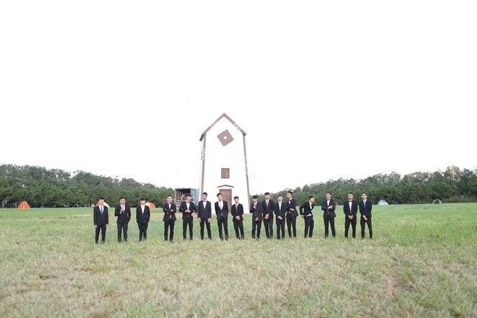 Cối xanh gió cao 14 m trong phim Lật mặt: Nhà có khách.