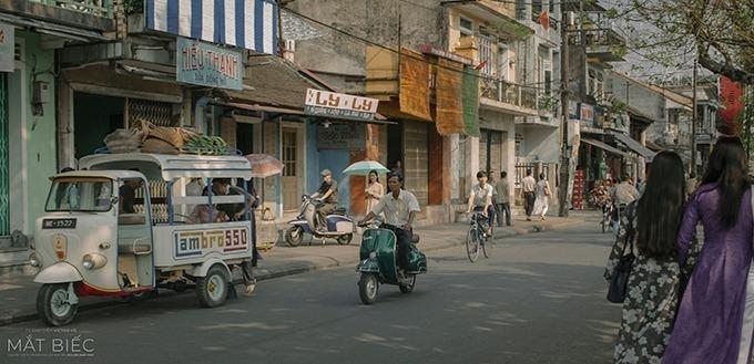 Một góc phố Huế nửa thập kỷ trước được tái hiện trên màn ảnh.