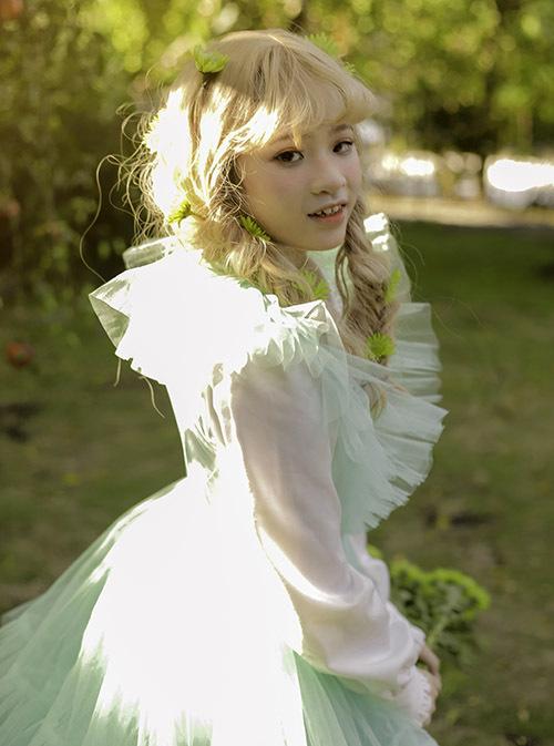 Bảo Hà ước mơ trở thành người mẫu nổi tiếng. Cô bé vẫn đang tích cực trau dồi kỹ năng catwalk.