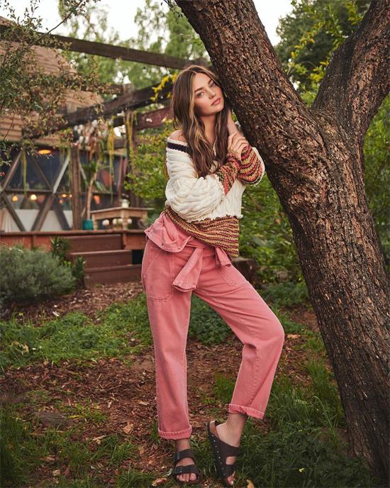 Miranda Kerr được mời chụp hình cho tạp chí Elle Tây Ban Nha số tháng 4.
