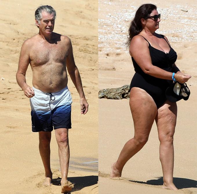 Vợ chồng Pierce Brosnan tận hưởng nắng ấm tại một bãi biển vắng vẻ ở hòn đảo nhiệt đới Hawaii hôm 21/3.